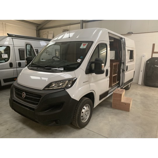 Now under conversion and available for sale, Atlas 6.0 rear lounge based on a new and unregistered Fiat Ducato 140BHP, please call for further details or to arrange a viewing.